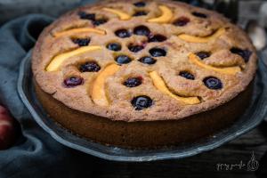 ricetta torta soffice mirtilli e pesche